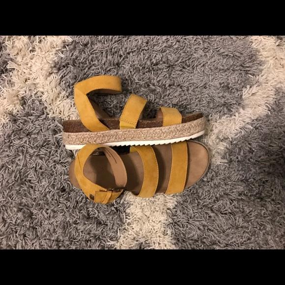 307c70b33b23 Women s Agnes Quarter Strap Espadrille Sandals. M 5c3aa7db819e903249e45e1e